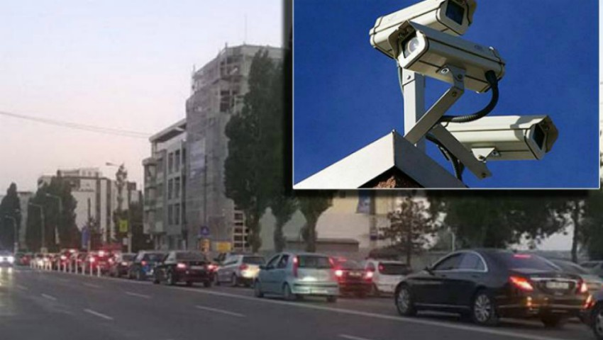 Foto: Pe mai multe străzi din capitală au fost montate camere de supraveghere a traficului rutier. Iată care sunt acestea!