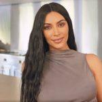 Foto: Kim Kardashian a publicat prima imagine cu cel de-al 4-lea copil al său. Află ce nume i-a ales!