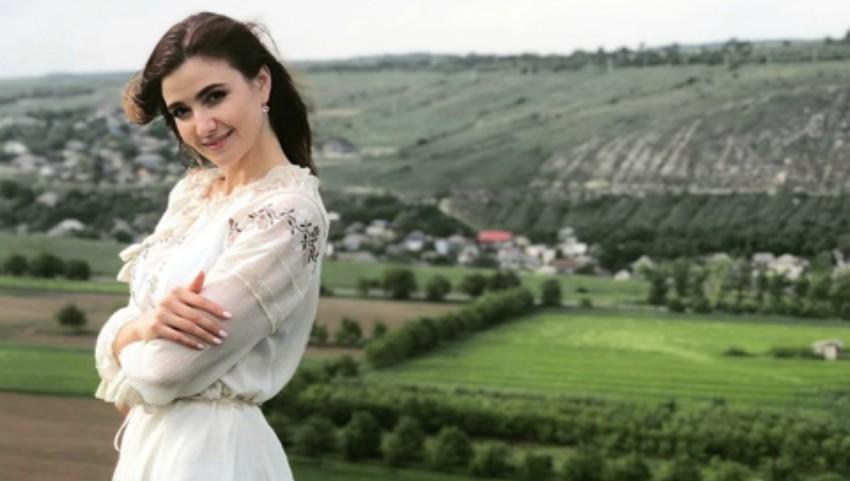 Foto: Orice domnișoară are șansa să devină Miss! Olga Leca ne povestește cum a fost experiența ei