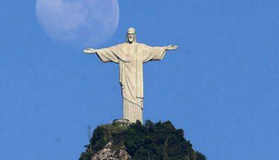 Uluitor! În Argentina, a apărut pe cer imaginea lui Iisus Hristos