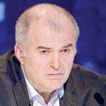 "Foto: Tripla-tragedie din viaţa unui jurat de la ""Românii au talent"""