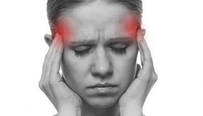 Migrenele ar putea fi cauzate de ceea ce mâncăm