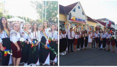 Cei mai frumoși absolvenți! Elevii de la liceul din Comrat au purtat ii și costume naționale la Balul de Absolvire