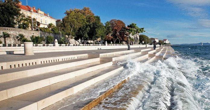 Foto: În Croația, a fost construită o orgă de optzeci de metri, la care cântă marea și vântul!