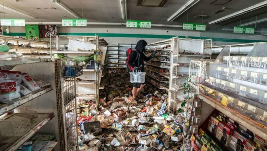 Foto: Un fotograf s-a strecurat în zona Fukushima, locul unde nu a călcat picior de om după dezastrul nuclear din 2011