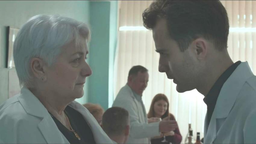 """Foto: Filmul """"Plus Minus Unu"""" al regizorului Ion Borș, premiat la Festivalul ,,Huesca"""" din Spania"""