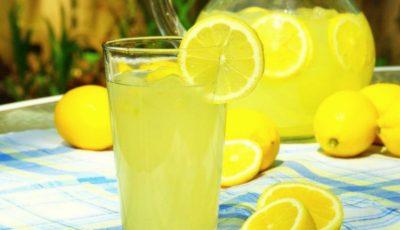 Cum să prepari o limonadă de vară? O alternativă sănătoasă pentru băuturile din comerț