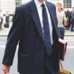 """Foto: Ministrul care ,,regretă profund"""" faptul că a consumat cocaină"""