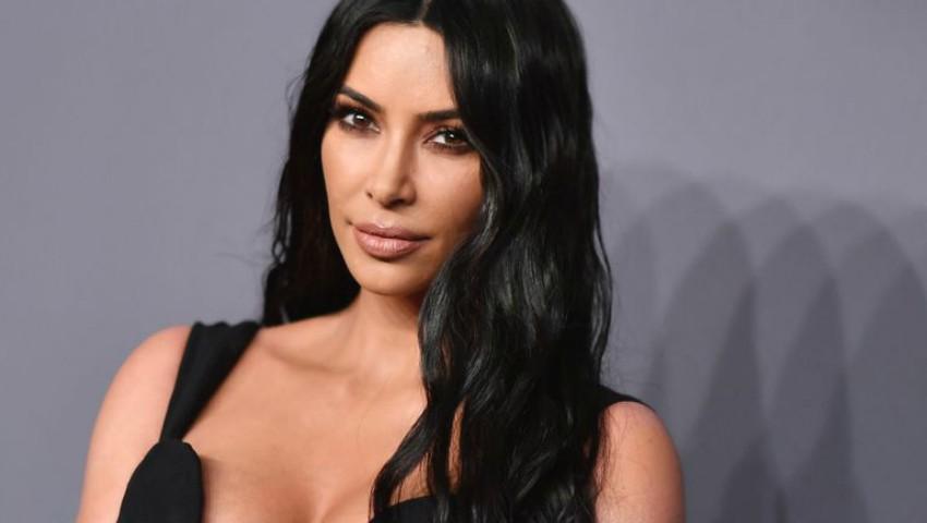 Foto: Kim Kardashian are o nouă coafură