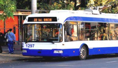 În Chișinău, vor apărea panouri digitale la fiecare stație de troleibuze și autobuze
