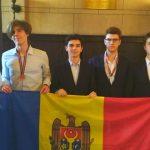 Foto: Elevii moldoveni au obținut o medalie de argint și una de bronz la Olimpiada Europeană de Fizică