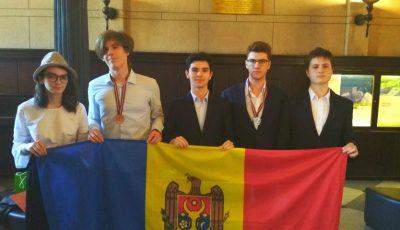 Elevii moldoveni au obținut o medalie de argint și una de bronz la Olimpiada Europeană de Fizică