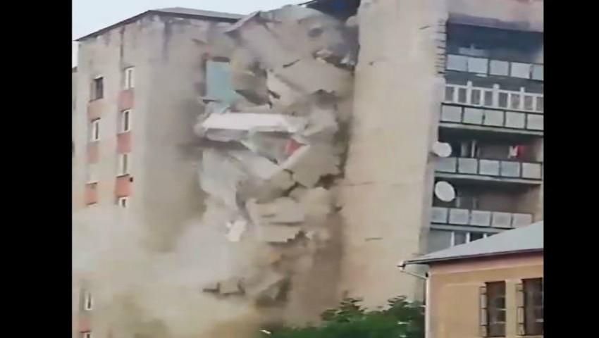 Video îngrozitor! S-a prăbușit un bloc cu 9 etaje din Otaci