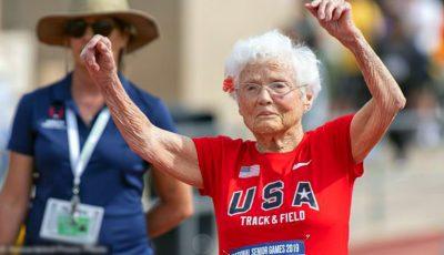 O bunicuță de 103 ani a câștigat primul loc la un maraton de alergat! Video