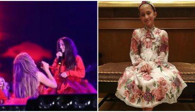 Fiica lui Jennifer Lopez vrea o carieră muzicală. A cântat live, în duet cu mama sa, și a cucerit publicul