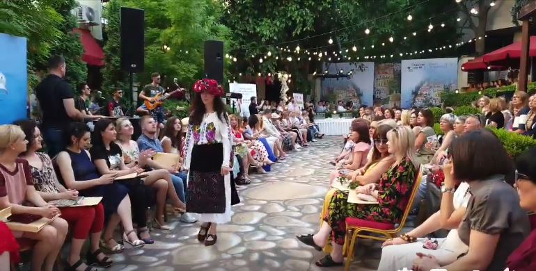 Primul Show Fashion în format video din România. SOIREES DE LA MODE 23 Memories