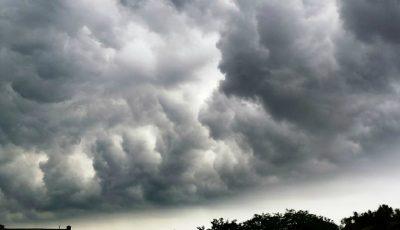 Avertizare de vijelii, ploi torențiale și grindină