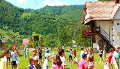 Peste 15 mii de copii din Chișinău se vor odihni în tabere de vară. Care sunt prețurile pentru foile de odihnă?