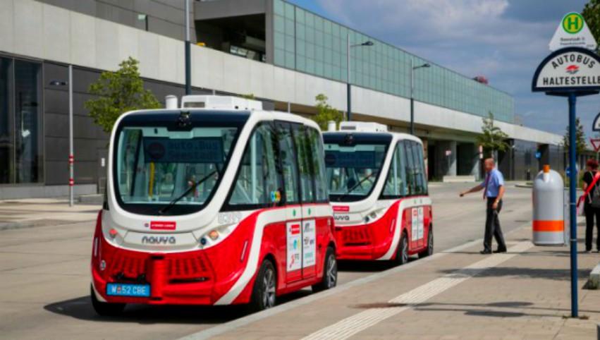 Foto: De câteva zile, în Viena circulă autobuze electrice fără șofer