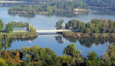"""Un tânăr din capitală s-a înecat în lacul din parcul """"La Izvor"""""""