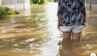 Potop de apă în România. O familie și-a pierdut toți cei patru copii într-o viitură
