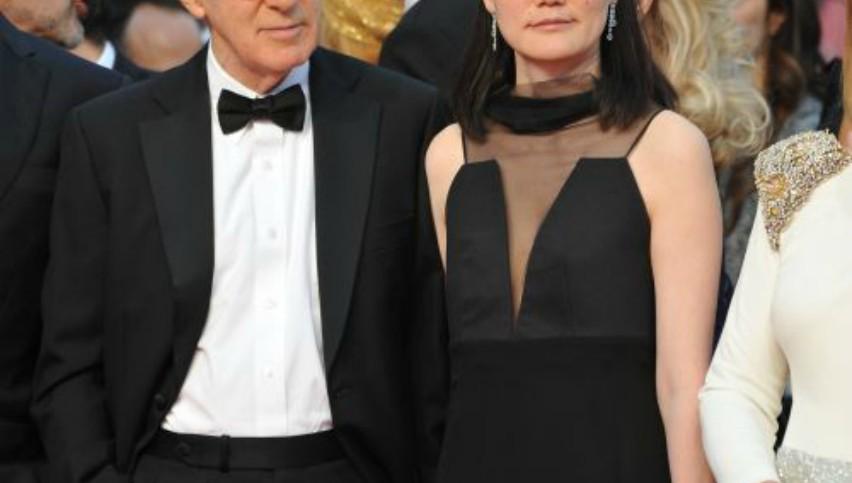 Foto: Viața bate filmul! Actorul care s-a căsătorit cu fiica sa vitregă și au doi copii împreună