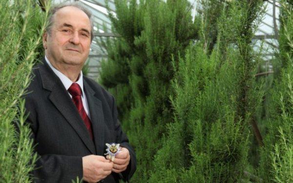 Foto: Inginer chimist român: cancerul este produs de un parazit!