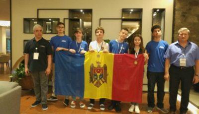Elevii moldoveni au obținut o medalie de argint și trei de bronz la Olimpiada Balcanică de Matematică