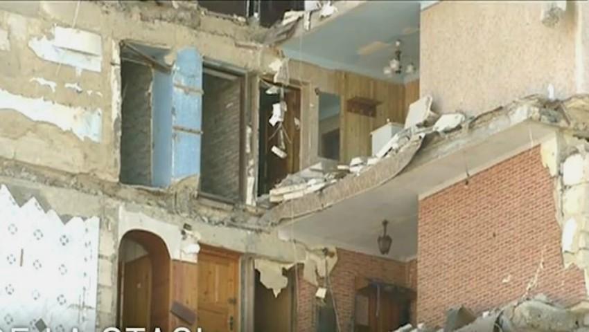 Foto: A decis evacuarea de urgență din clădire, pe alocuri forțată. Cine este omul care a prevenit o mare tragedie la Otaci!