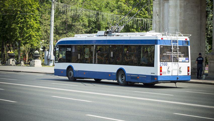 Foto: Modificări de itinerar în Capitală, în legătură cu desfășurarea Campionatului Moldovei de triatlon la distanță olimpică