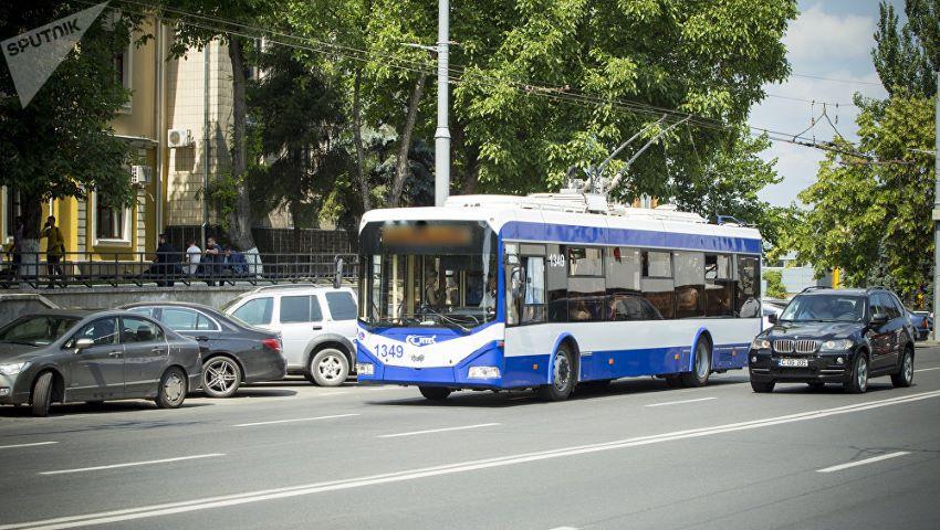 Foto: Pe două străzi din Capitală, vor apărea benzi de circulație destinate exclusiv transportului public