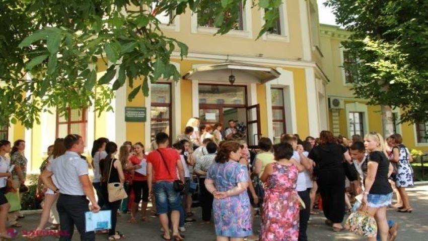 Foto: Cât costă studiile în Universitățile din Moldova?