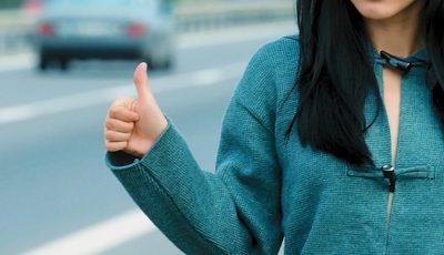 Recomandările Poliției pentru călătorii care sunt nevoiți să apeleze la mașini de ocazie