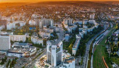 Un apus de poveste în Chișinău. Foto!