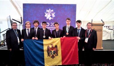 Medalie de argint, de bronz și trei mențiuni de onoare pentru elevii moldoveni, la Olimpiada Internațională de Matematică