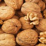 Foto: În Moldova se așteaptă o recoltă bogată de nuci