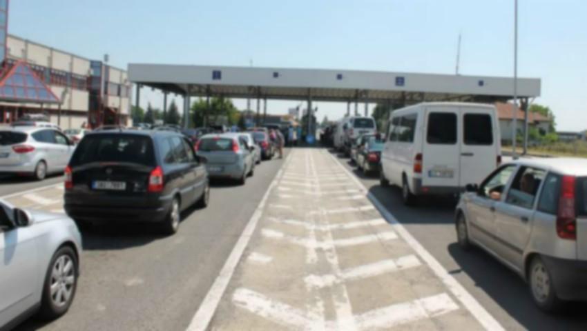 Foto: Șoferii români se plâng că sunt atacați de hoți pe o autostradă din Ungaria