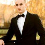 Foto: Caz șocant la Arad. Un tânăr de 20 de ani a transmis live pe facebook momentul în care și-a luat zilele pe șinele de tren