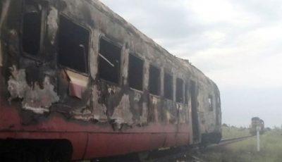 Un tren a luat foc, din nou, în Moldova. Momente de panică pentru pasageri
