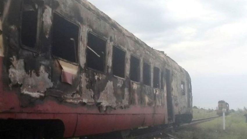 Foto: Un tren a luat foc, din nou, în Moldova. Momente de panică pentru pasageri