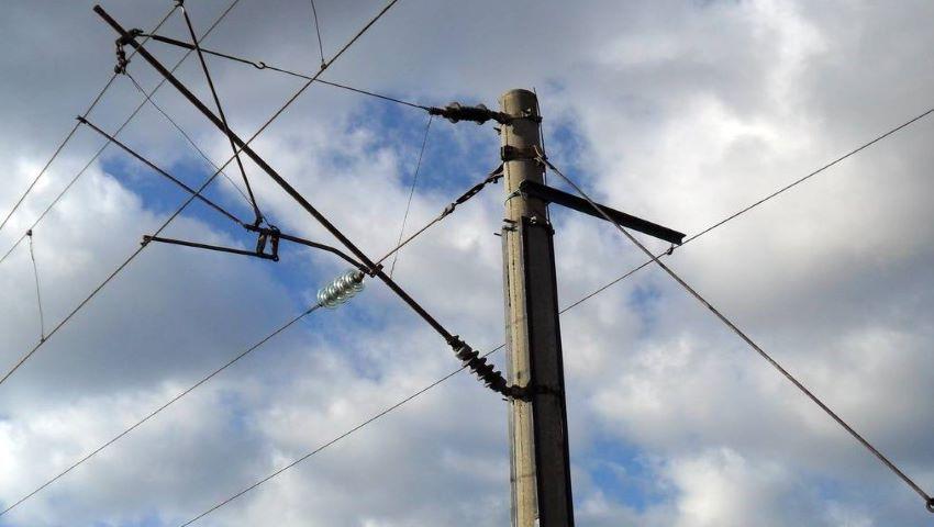 Foto: Tragedie la Anenii Noi. Un tânăr a căzut de pe stâlp și s-a electrocutat