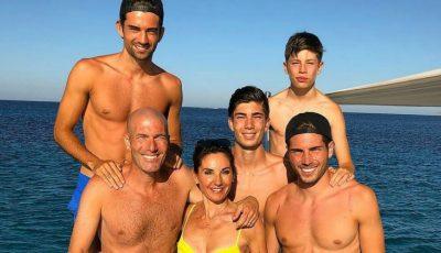 Părinții, alături de cei patru copii! Familia fotbalistului Zidane într-o poză de milioane de like-uri