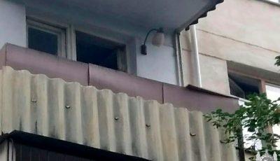 O minoră a ajuns la reanimare, după ce a încercat să iasă din locuință pe la balcon