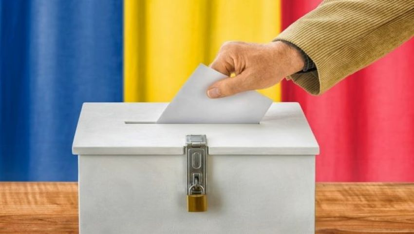 Foto: Moldovenii cu cetățenie română vor putea vota timp de trei zile la prezidențiale