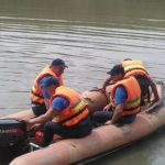 Foto: Salvatorii au recuperat cadavrul minorei care s-a înecat în rîul Prut