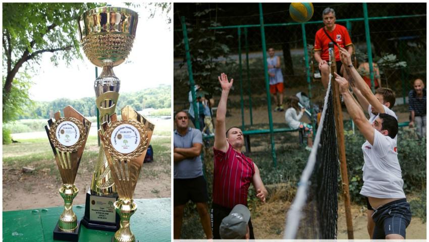 Foto: Peste 20 de mii de lei s-au colectat la Cupa de Volei de Plajă Hospices of Hope Moldova!