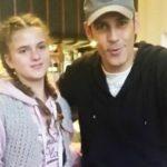 Foto: Ștefan Bănică într-o poză cu Alexandra Măceșanu, tânăra răpită. Mesajul dureros al artistului