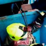 Foto: Pompierii au salvat o femeie căzută în fântână