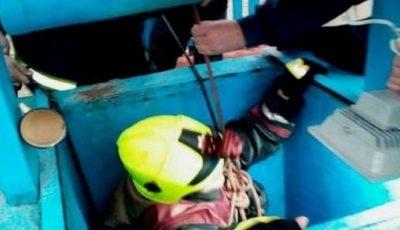 Pompierii au salvat o femeie căzută în fântână