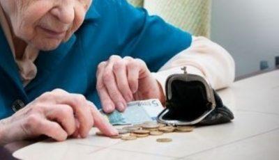 Escrocherie de proporții. O pensionară moldoveancă a primit pensie dublă timp de 10 ani, una în Moldova, cealaltă în Rusia